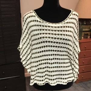 Forever 21 woman's top.